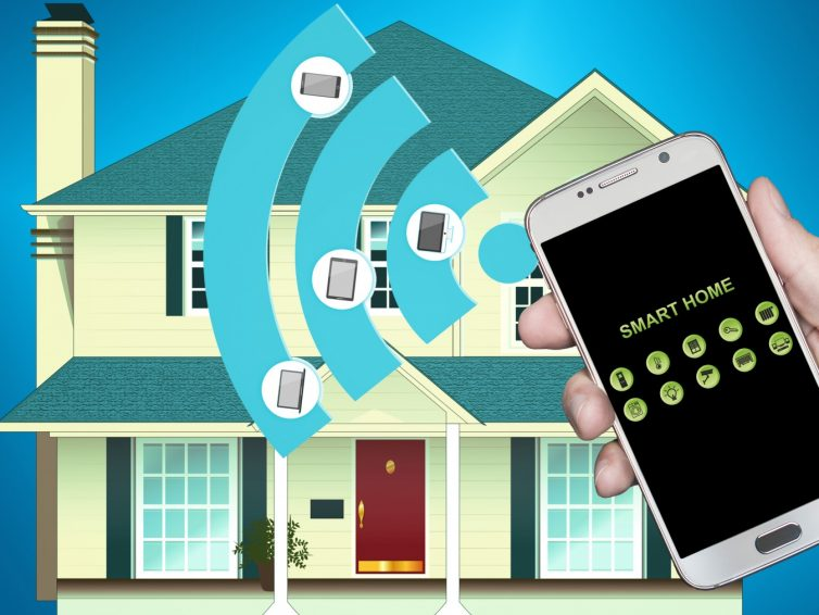 Styr det mesta i ditt hem eller fritidshus via telefonen.
